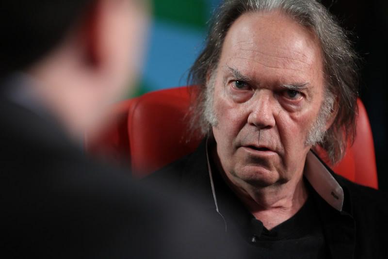 Contro l'Mp3 - il caso Neil Young